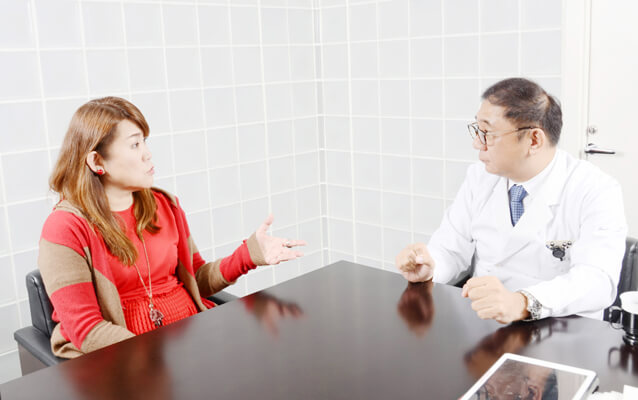 谷川啓司医師との対談は2020 年3 月26 日(木)、ビオセラクリニック院長室において行われた