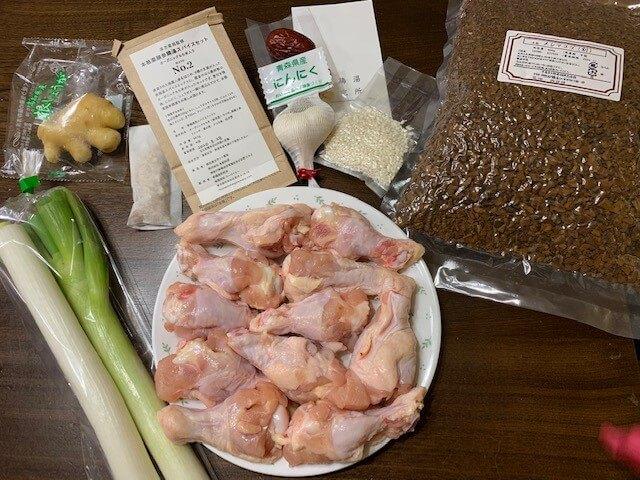 図3 参鶏湯の材料