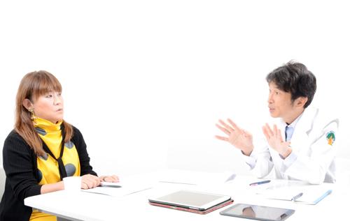 青木厚院長との対談は2020 年9月30 日(水)、東京都千代田区の貸会議室において行われた